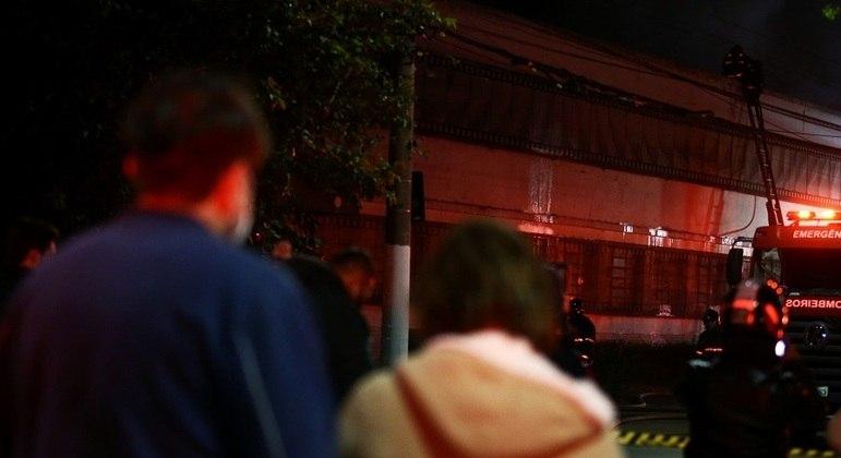 Incêndio atingiu galpão da Cinemateca com documentos secundários
