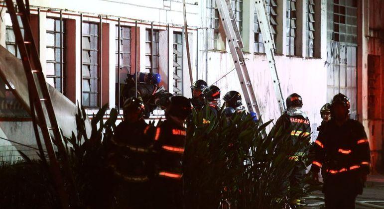 Perícia investigará causa do incêndio e dimensões dos estragos na Cinemateca de SP