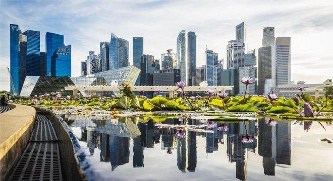 O efervescente distrito comercial de Cingapura foi alvo da campanha há cinquenta anos