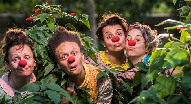 Circo di SóLadies traz reflexão e diversão em palhaçadas itinerantes