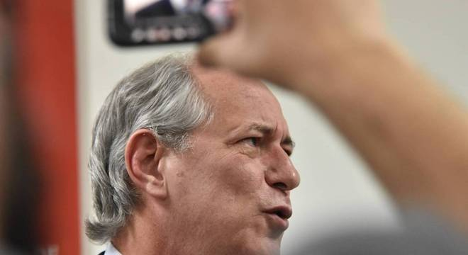 Ciro Gomes disparou críticas ao ex-presidente que ganhou a liberdade
