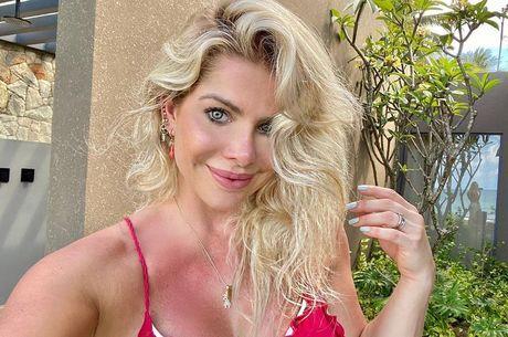Karina Bacchi diz que não posaria nua novamente