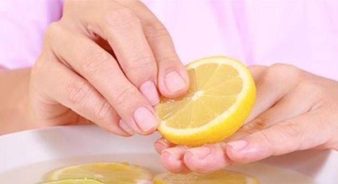 Clareador de unhas