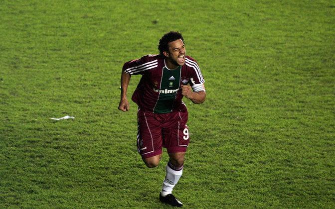 Classificação heroica: em 20 de abril de 2011, o Fluminense jogava pela Libertadores e foi até a Argentina encarar o Argentino Jrs precisando de uma vitória por dois gols de diferença. Com dois gols de Fred, sendo um deles o que sacramentou a classificação, o Flu avançou.