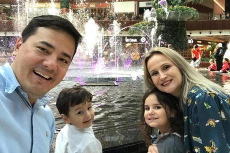 A família de Claudia Kamiya vive no Qatar há três anos