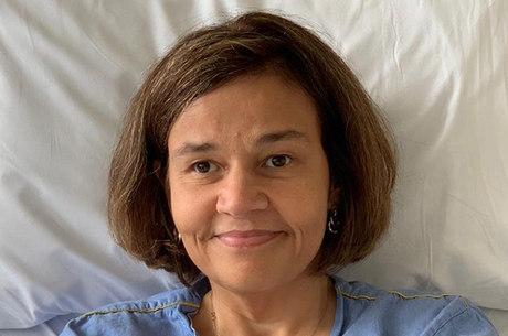 Atriz precisou ser induzida ao coma para realizar exames
