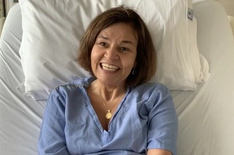 Claudia comemorou a alta hospitalar