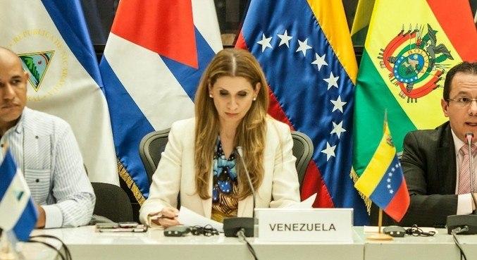 Claudia Salerno também é embaixadora venezuelana na Bélgica e em Luxemburgo