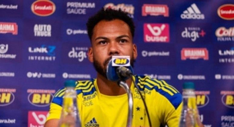 Claudinho quer o Cruzeiro atento o tempo todo nos jogos