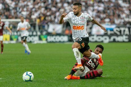 Corinthians e Fla teve 10 min de acréscimo no 2º tempo