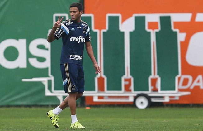 Cleiton Xavier aparece em segundo lugar, com 49 assistências. O meia defendeu o Palmeiras em 142 jogos, somando suas passagens entre 2009 e 2010 e de 2015 a 2016.