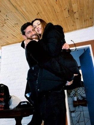 Jenni Mosello, amiga da atriz, foi quem compartilhou a novidade nas redes sociais na sexta-feira (9)