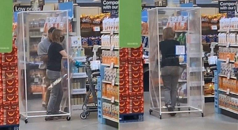 Cliente foi flagrada dentro de gaiola de plástico, em um mercado dos EUA