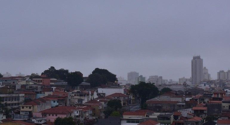 Temperatura não deverá ultrapassar os 21ºC nesta quinta-feira (10) na capital paulista