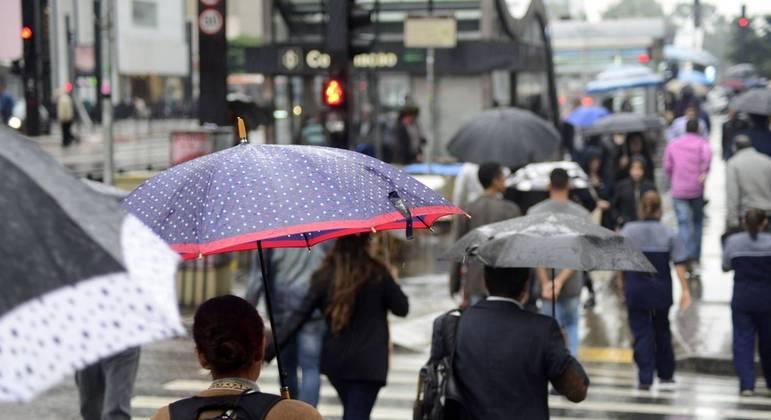 Temperatura não deve ultrapassar os 21ºC em São Paulo nesta terça-feira (13)