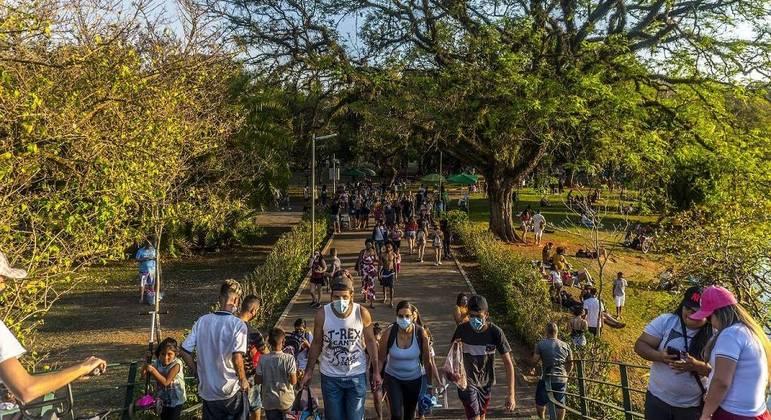 Temperatura em São Paulo deve atingir 35ºC nesta terça-feira (14)