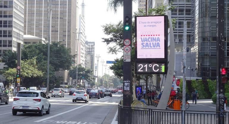 Temperatura em São Paulo não deverá ultrapassar os 21ºC neste sábado (15)