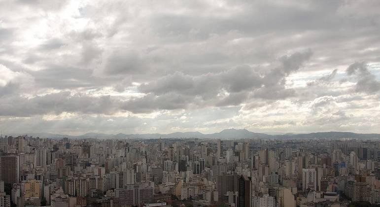 Temperatura em São Paulo deverá atingir 22ºC nesta sexta-feira (23)