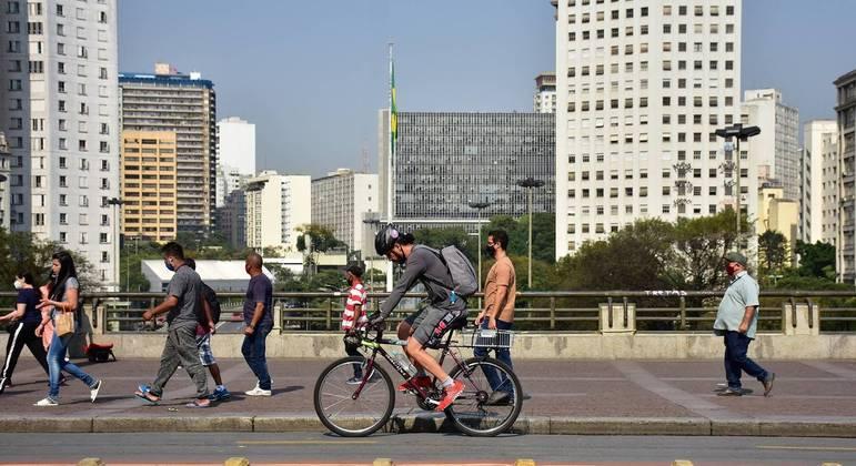 Temperatura em São Paulo poderá atingir os 34ºC nesta quarta-feira (25)