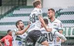 15- Coritiba: As despesas do Coxa com futebol nos últimos 10 anos, segundo o levantamento, estão próximas do valor de R$ 588 milhões