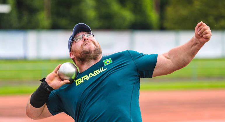 Darlan Romani vai disputar a prova de arremesso de peso