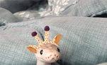 Essa girafa parece diferente, hein?Veja também:Internautas se espantam com fotos de animais extremamente grandes