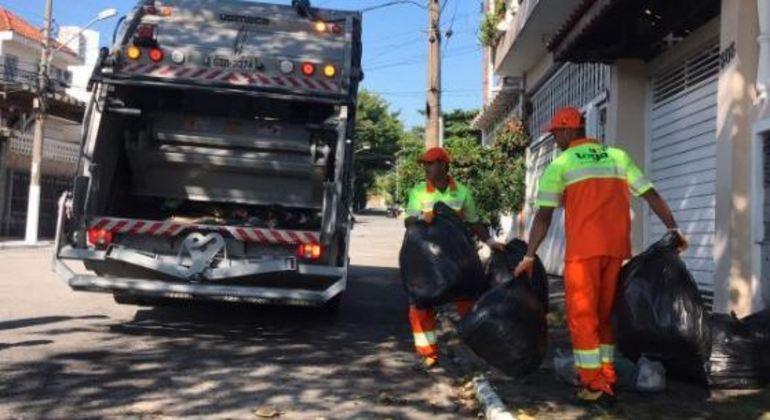 Prefeitos têm até o fim do ano para cobrar moradores pela coleta de lixo nas cidades