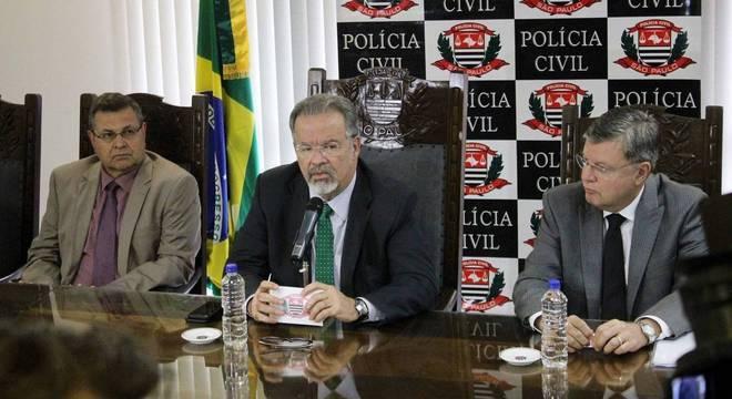 O ministro da Segurança Pública, Raul Jungmann, durante entrevista coletiva