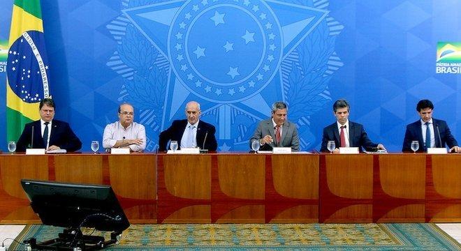 Procuradores deram o prazo de cinco dias úteis para que o governo responda aos questionamentos