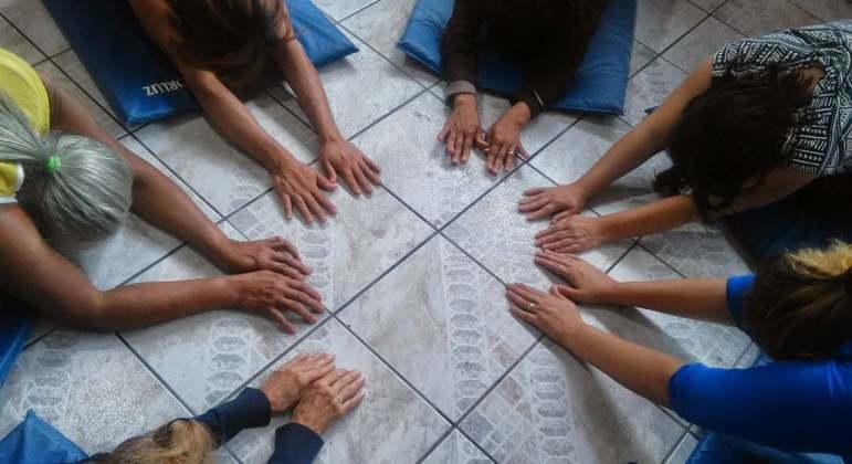 Coletivo promove encontros virtuais na pandemia para ajudar mulheres vítimas de violência