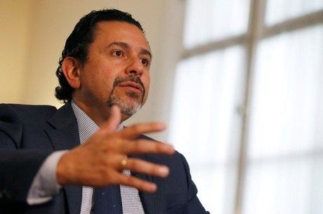 Ceballos concede entrevista à Reuters em Bogotá