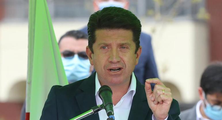 Diego Molano, ministro da Defesa da Colômbia, anunciou o fim do grupo nesta terça