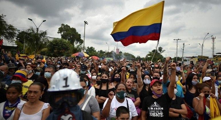 Manifestações pela Colômbia devem parar até 20 de julho, segundo comitê