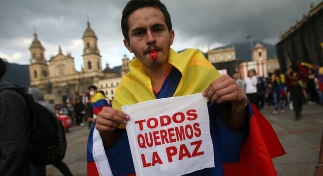 Governo colombiano aceita diálogo com líderes dos protestos e pede suspensão da terceira greve