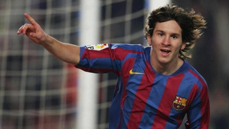 Com 18 anos, foi convocado para o Mundial sub-20 pela seleção argentina e teve grandes atuações, ingressando de vez na equipe principal da Albiceleste. Além de conquistar a Champions League da temporada 2005/2006, o Barcelona conquistou o bicampeonato da La Liga, e Messi fez 7 partidas, com 912 minutos em campo, seis gols e duas assistências no torneio.