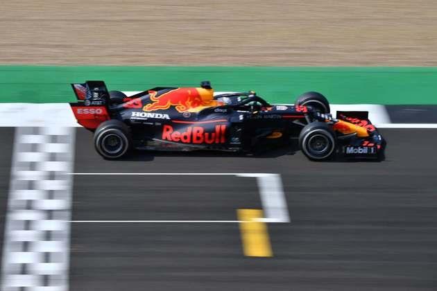 Com a vitória de Verstappen, Red Bull interrompe sequência de conquistas da Mercedes em 2020