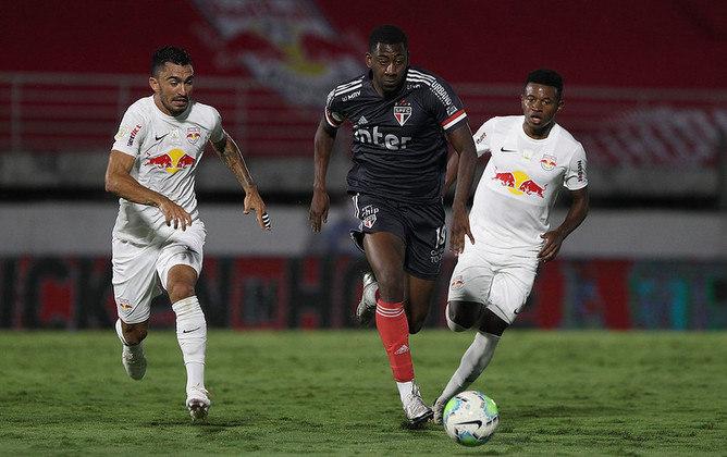 Com apenas um gol em 2021, o atacante uruguaio, que hoje defende o Sport, marcou o segundo gol do São Paulo na derrota por 4 a 2 diante do Red Bull Bragantino.