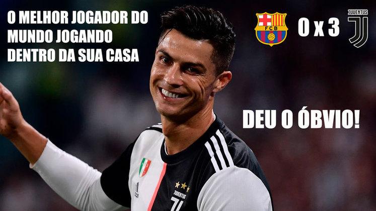 Com dois de Cristiano Ronaldo, a Juventus venceu o Barcelona por 3 a 0 e terminou a fase de grupos na liderança do Grupo G da Champions League. Resultado elástico e encontro entre CR7 e Messi renderam memes nas redes. Confira! (Por Humor Esportivo)