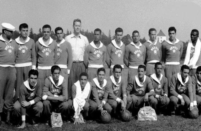 Com nomes como Vavá e Carlos Alberto, a Seleção Brasileira encarou a Alemanha Ocidental nas quartas de final na Olimpíada de Helsinque, em 1952. Larry e Zózimo marcaram os gols brasileiros, enquanto Klug e Schröder marcaram para a equipe adversária no tempo normal. Na prorrogação, vitória por 4 a 2 da Alemanha Ocidental.