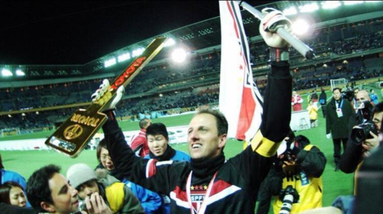 Com o gol marcado e a atuação de gala na final, Rogério Ceni foi eleito o melhor jogador da competição, além de terminar o ano como o artilheiro da equipe, mesmo sendo goleiro.