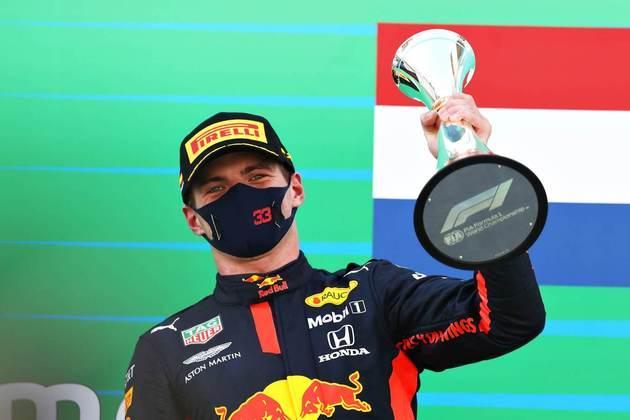 Com o resultado, Verstappen segue na vice-liderança do campeonato, 37 pontos atrás de Hamilton