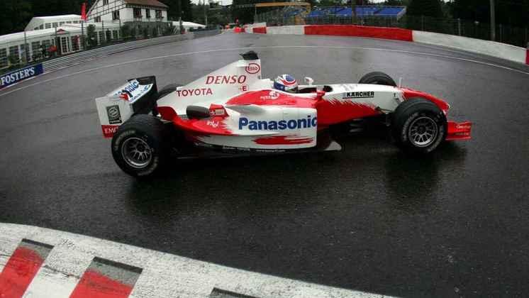 Com o TF104, os resultados continuaram não aparecendo, mas a Toyota usou as atualizações de base para o modelo do ano seguinte
