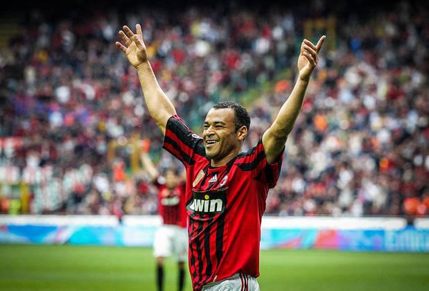 Com onze assistência, o lateral-direito Cafu também entra na lista. Ele jogou a Champions League por Roma e Milan.