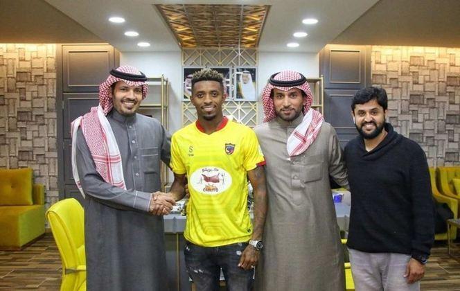 Com passagens por Ponte Preta, São Paulo e Bordeaux, Jonathan Cafu tem 29 anos e está jogando no Al-Hazm, da Arábia Saudita.