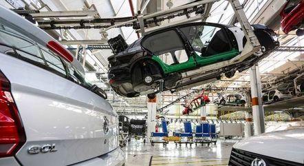 Produção de veículos recuou 21,9% em agosto frente ao mesmo período do ano passado