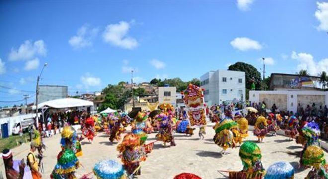 Com três dias de apresentações, sendo no domingo e na terça-feira de Carnaval em Aliança, e na segunda-feira em Olinda, o encontro é apreciado por foliões de todo o mundo