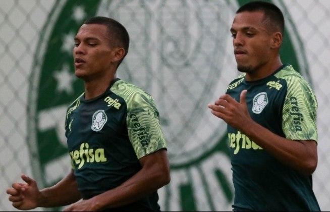 Com três palmeirenses na liderança, o clube alviverde está no topo do ranking de jogadores que mais tiveram o seu valor de mercado valorizado ao longo da temporada 2020. Confira outros nomes que também se valorizaram e hoje possuem valores milionários. (por Redação São Paulo)