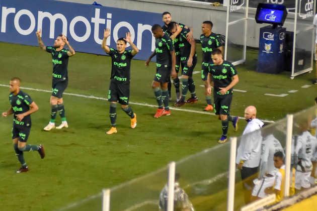 Com uma extensa lista de desfalques, o Palmeiras conseguiu um bom empate no clássico com o Santos, na Vila Belmiro. Embora tenha até virado a partida, ficando à frente no placar durante parte do segundo tempo, o Palmeiras teve uma atuação instável, sem nenhum destaque evidente em campo - notas por Nosso Palestra.