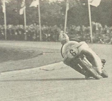 Com uma Norton, em 1969, Godfrey Nash foi o último piloto a vencer uma corrida com uma máquina de um cilindro