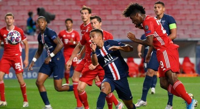 O momento exato da testada de Coman, Bayern 1 X 0